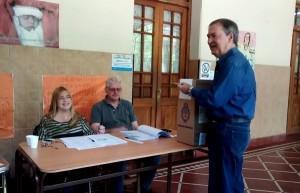 """El  presidente que viene: Schiaretti  apostó por una """"muy buena relación"""" y De la Sota anheló que no se siga con la """"discriminación"""""""