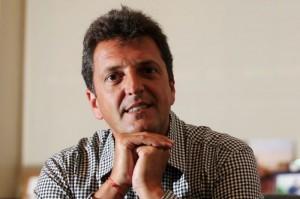 Rumbo al balotaje, Massa coquetea con Scioli y Macri (ambos toman propuestas de UNA)