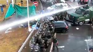 Cresta Roja: Tras nuevos incidentes entre Gendarmería y manifestantes, Triaca recibirá a delegados