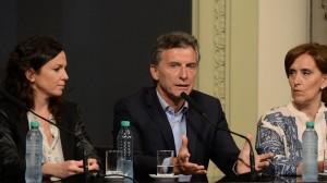 Macri anunció un aporte de $400 para beneficiarios de la AUH y jubilados que perciben la mínima