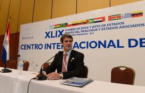 """Gobierno macrista convocará a empresarios y gremios para """"un acuerdo social amplio"""""""
