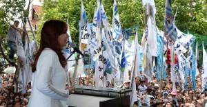 En su anteúltimo acto, CFK pidió defender lo que se ha conseguido y habló de traiciones