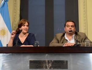 """Gobierno de Macri convocará al """"diálogo político, social y económico"""" en enero"""