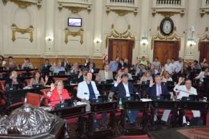 Con el rechazo de la Izquierda, oficialismo y oposición aprobaron Código de Convivencia