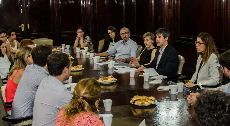 Reunión_para_tratar_la_ley_de_Acceso_a_la_Información_Pública