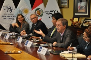 #BUS Por mejorar la transparencia del proceso electoral, Schiaretti recibió distinción en Perú