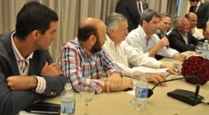 Frigerio se reunirá con gobernadores del peronismo para receptar reclamos por coparticipación