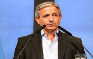 """Al justificar la baja de contratos en el CCK, Lombardi destacó que """"no va a haber más ñoquis en la Argentina"""""""