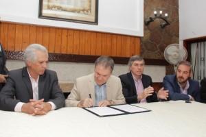 En marzo, la provincia llamará a licitación para obras de cloacas en Sierras Chicas
