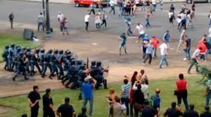 """Luego de los incidentes en La Plata, Garro afirmó que  """"no son trabajadores, están enquistados en el municipio"""""""
