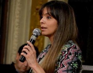 «La familia Kirchner deja en la calle miles de santacruceños para no perder la caja de sus negociados»