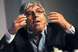 """Moyano le pidió al gobierno que """"no haya aprietes"""" y advirtió que la devaluación """"no la va a pagar el trabajador"""""""