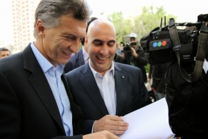 """El gobierno macrista le pide a los gremios que acepten """"sumas fijas"""" con techo en 25%"""