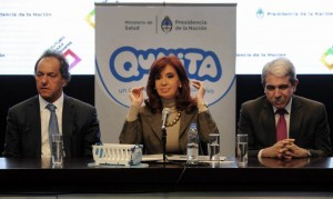 Procesan a Aníbal Fernández, Manzur y Gollan por el plan Qunita