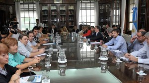 """Docentes bonaerenses calificaron de """"insuficiente"""" la propuesta de aumento del gobierno de Vidal"""