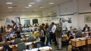 Al no reunir los votos, oficialismo postergó definición para hoy, a la espera de Natalia De la Sota (21)
