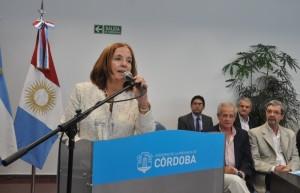 Con perfil cada vez más alto, Vigo (junto a Schiaretti) relanzó el Programa Banco de la Gente