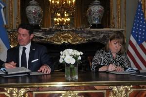 Argentina y Estados Unidos firmaron acuerdos en materia de seguridad y comercio