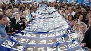 Marchas a Plaza de Mayo y manifestación en Córdoba por los 40 años del Golpe