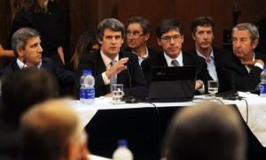 Holdouts: Para Cobos, el Senado aprobará la ley para el pago de la deuda