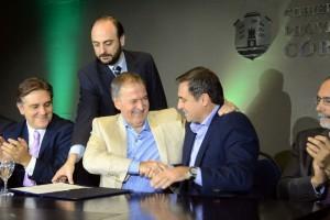 Schiaretti y Mestre acuerdan la construcción de 7 nuevos desagües para la ciudad