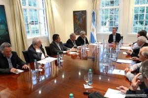 Tras cónclave con el arco sindical, el gobierno anunció que convocará al Consejo del Salario