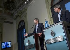 """Dólar futuro: El gobierno macrista cruzó a  CFK por """"elegir el camino de la mentira y la agresión"""""""