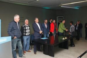 """Al entregar aportes a productores afectados, Schiaretti se refirió al fenómeno de """"El Niño"""" y el cambio climático"""