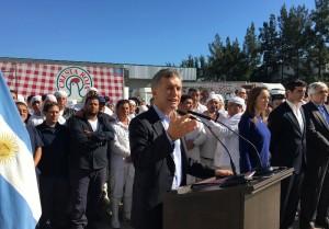 """Despidos: Al rechazar el accionar opositor, Macri afirmó que el camino es el trabajo y """"no imponiendo leyes que ya fracasaron"""""""