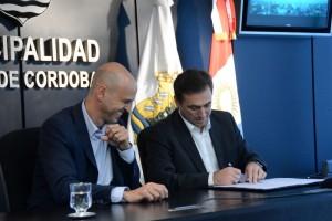 "Dómina le apuntó a Mestre por la ""intempestiva"" adhesión del Municipio a Ley Nacional de Tránsito"
