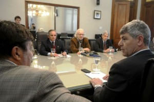 Dirigentes de CRA del NOA se reunieron con el ministro Buryaile