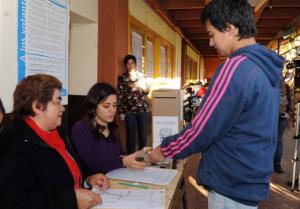 En el marco de la reforma política, Vilches exige que todos los mayores de 16 años tengan derecho al voto