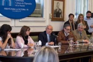 """Diputados: Desde el FpV demandaron que no haya """"dilaciones"""" en ley antidespidos"""