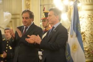 Ministerio de Defensa quiere usar la maquinaria que se le embargue a Lázaro Báez