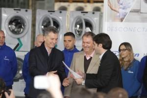 """Desde el interior cordobés, Macri destacó que el país empieza """"a caminar en la dirección correcta"""""""