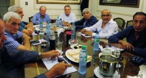 Tras la falta de unidad en torno a un paro, se abrió la polémica entre líderes sindicales