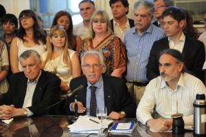 """""""Si Macri veta la ley, tendrá el veto de los trabajadores"""", aseguró Recalde"""