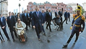 """Al volver a advertir de la herencia K, Macri afirmó que encontró """"una bomba al borde de estallar"""""""