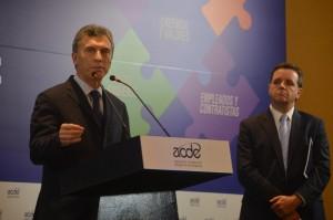 """En cumbre empresaria, Macri abogó por """"empresarios y ciudadanos que digan qué voy a hacer yo por mi país"""""""