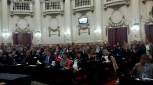 """Unicameral: Oficialismo le evitó un """"dolor de cabeza"""" al radicalismo por el uso de licencias"""