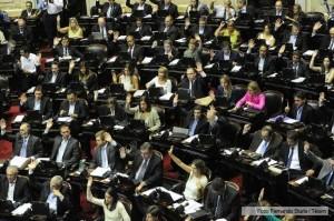 Diputados: Con apoyo peronista, oficialismo se apresta a aprobar el pago a jubilados y eximir de Ganancias el aguinaldo
