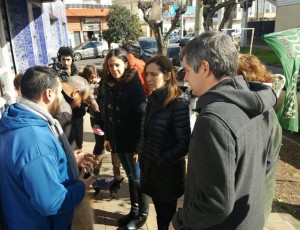 """Tras las protestas por el tarifazo, Vidal y Peña encabezaron un """"timbreo"""""""