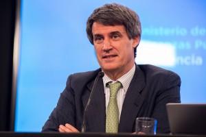 """Prat Gay señaló que """"hay signos de reactivación"""" en la economía"""