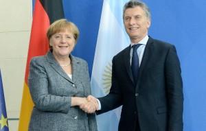 """""""Hemos vuelto al mundo"""", afirmó Macri, al hacer un balance """"positivo"""" de su gira europea"""
