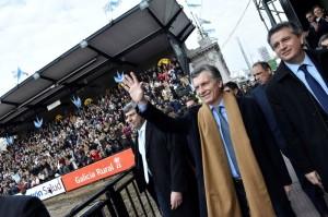 """Al pedirle al campo un mayor crecimiento, Macri resaltó que """"el mundo nos ha abierto los brazos, a sus mercados"""""""