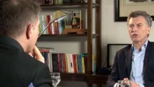 Tarifazo: Al expresar un fuerte respaldo a Aranguren, Macri cuestionó a la gestión K