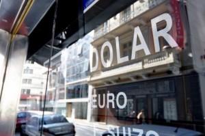Importadores rechazan la liberación irrestricta del mercado cambiario