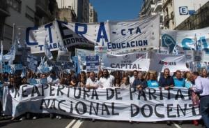 apro docente marcha nacional