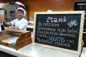 A través de una ley, quieren que los bares sean espacios abiertos para la lactancia materna