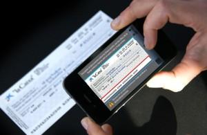 Desde noviembre se podrá depositar un cheque con el teléfono celular